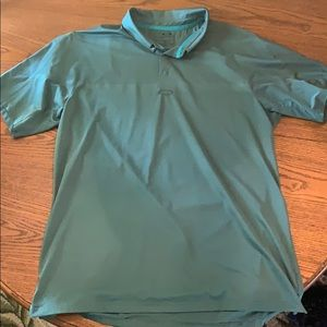 Men's Oakley Golf shirt⛳️